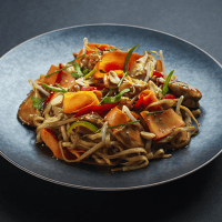 Spicy Sesame Chicken Noodles